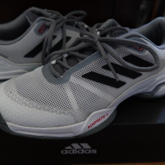 9dedf876455 Adidas Tennis Shoes Barricade Club Size 6
